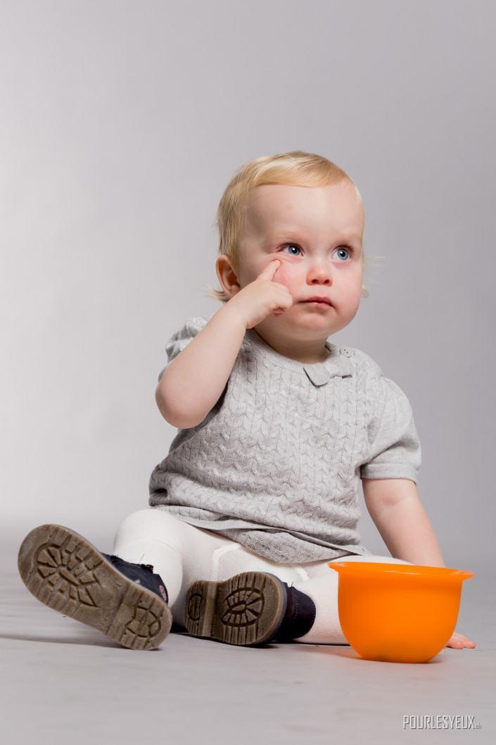 Photographe bebe geneve fille
