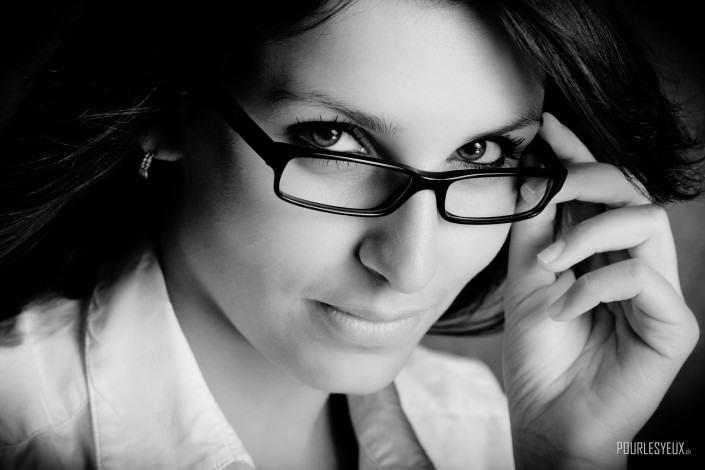 photographe geneve carouge femme portrait noir et blanc