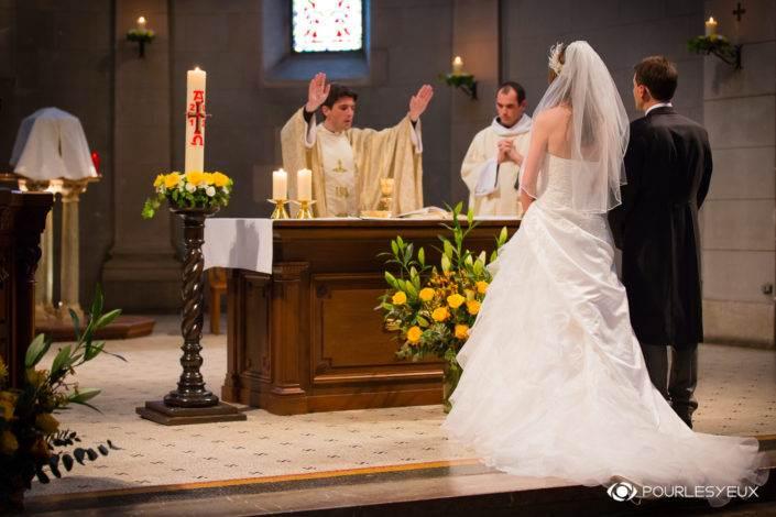 Photographe mariage religieux couple à Genève