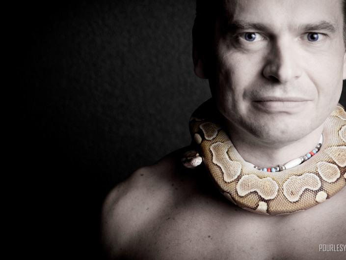 photographe geneve carouge serpent noir blanc