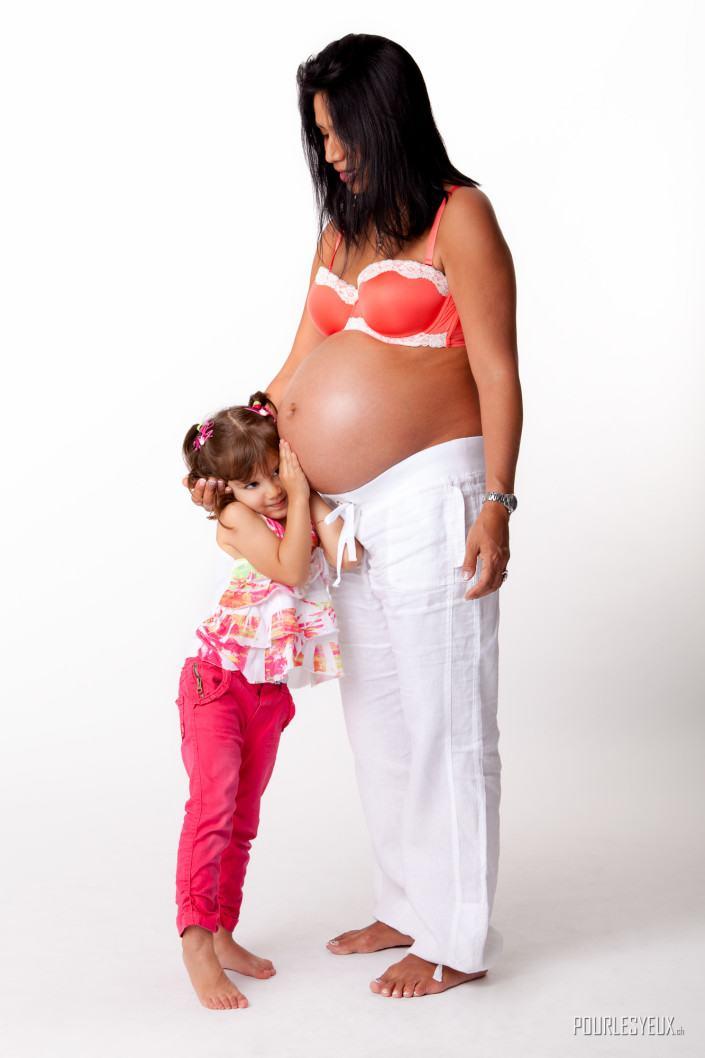 grossesse photographe geneve maman petite fille