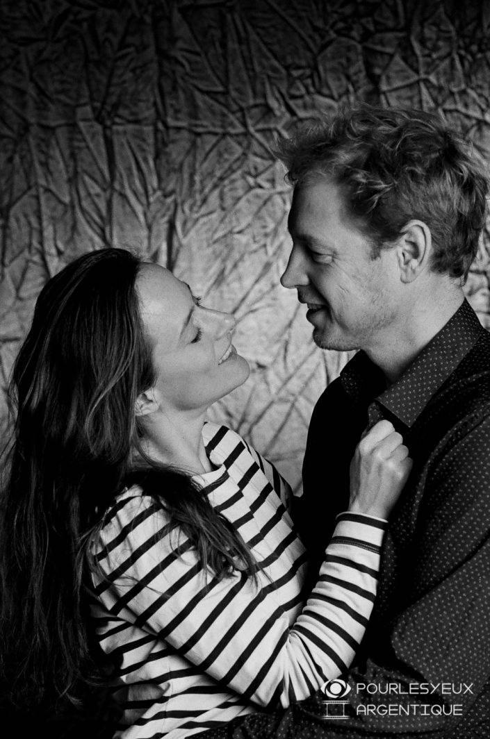 portrait photographe genève séance photo argentique couple amour