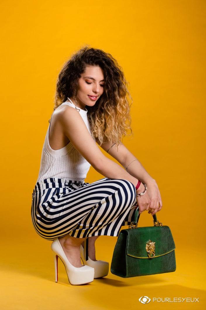 photographe genève mode fashion femme jaune maquillage maquilleuse