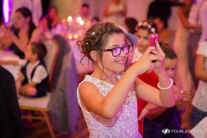 Photographe mariage Genève portrait enfant fille suisse soirée