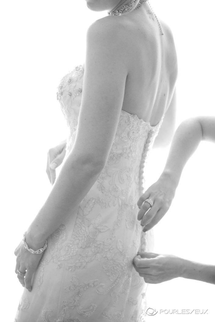 Photographe mariage Genève mariée femme noir blanc suisse robe