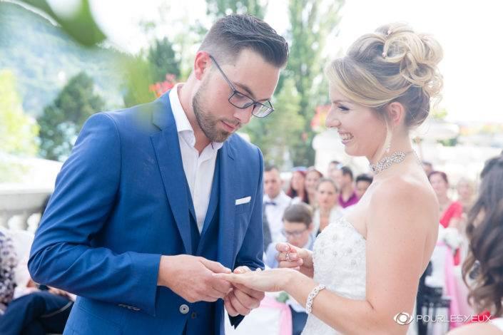 Photographe mariage Genève portrait couple mariée marier amour extérieur