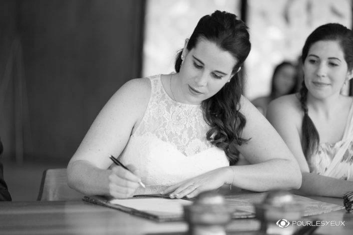Photographe mariage Genève portrait noir blanc mariée marier mairie suisse