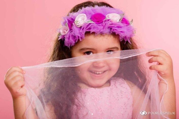 photographe suisse genève famille fille enfant rose