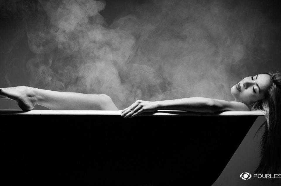 mode fashion portrait adulte femme woman women photographe genève carouge séance photo shooting maquilleuse maquillage beauté glamour nu baignoire
