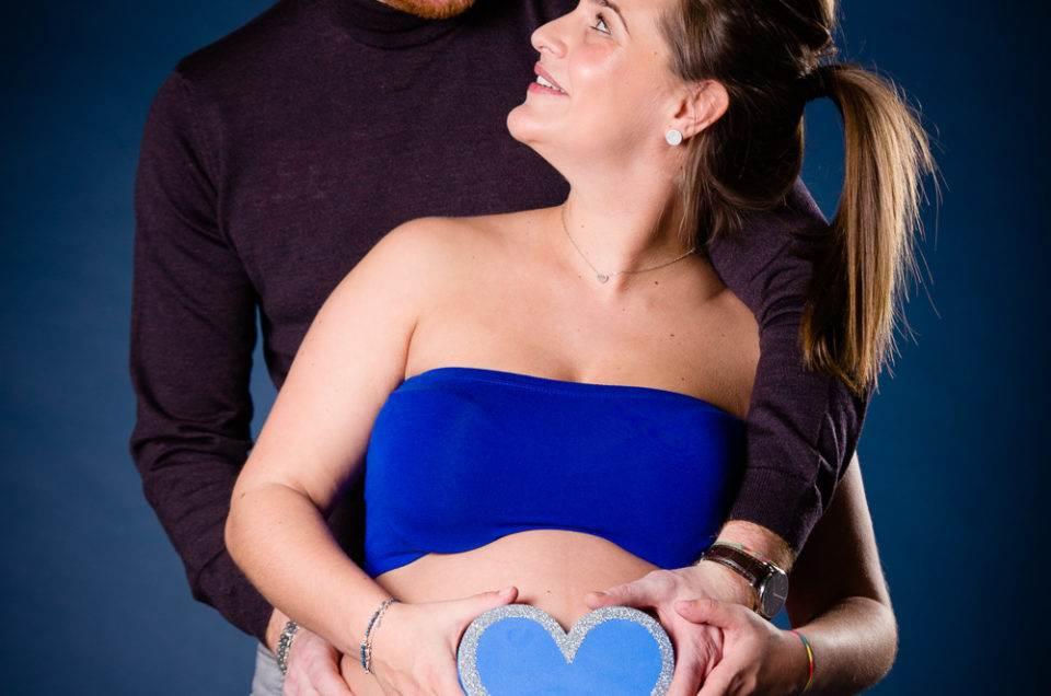 Photographe, genève, carouge, séance photo, shooting, grossesse, naissance, nouveau né, enceinte, famille, maquilleuse, maquillage, maternité, jenny photography, book, body, amour, couple
