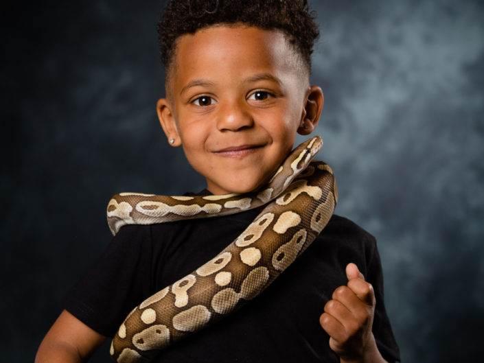 Séance d'Initiation aux serpent avec un enfant